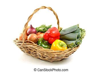 einige, organische , frisches gemüse, in, a, korb
