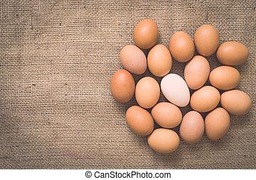 eitjes, op, oud, verfrommeld, burlap