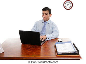 ejecutivo, en el escritorio, trabajando