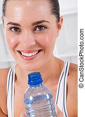 ejercicio, mujer, agua potable