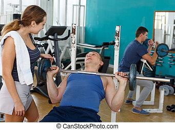 ejercicios, gente, barra con pesas, grupo
