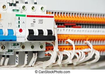 eléctrico, fuseboxes, y, líneas de alimentación, switchers
