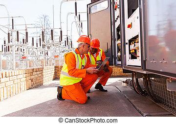 eléctrico, ingenieros, discutir, trabajo