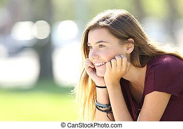 előretekintő, liget, tizenéves, boldog