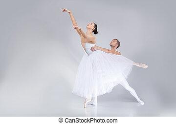 el bailar del ballet clásico, bailarines, joven, practicing., actuación, artistas, dos, etapa, atractivo