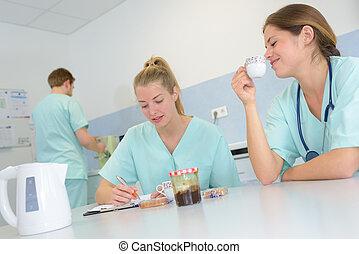 el consultar, toma, cada, interrupción, otro, doctors