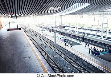 el, estación del ferrocarril