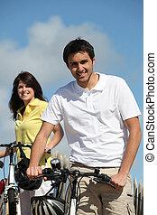 el gozar, pareja, bicicleta, paseo, juntos