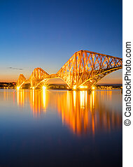 el, rojo, adelante, railbridge, por la noche