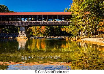 el, saco, río, puente cubierto, en, conway, nuevo,...