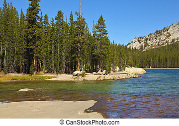 el, superficial, lago, en, montañas