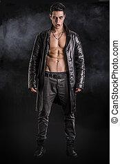 el suyo, chaqueta de cuero, actuación, joven, vampiro,...