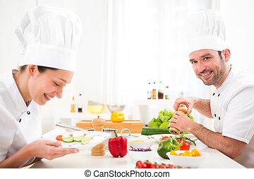 el suyo, cocina, chef joven, atractivo, profesional, cocina