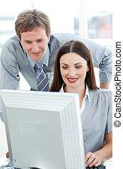 el suyo, confiado, verificar, trabajo, employee\'s, director