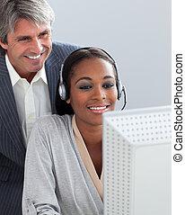 el suyo, verificar, trabajo, employee\'s, director, sonriente