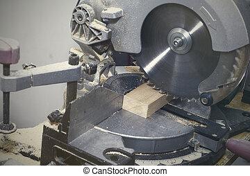 elaboración, mitra, lumber., compuesto, sierra, por, construcción, corte