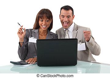 elated, laptop, negócio, duo