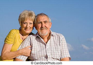 elderly couple on vactation