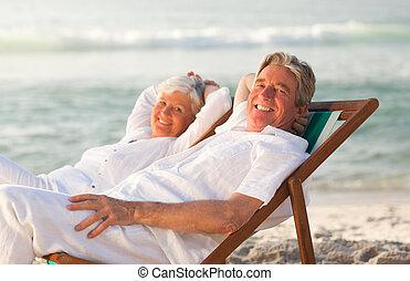 elderly kopplar ihop, avkopplande, in, deras, av