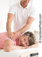 elderly kvinde, lide, af, smerte