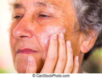 Elderly skin care - Close up photo of elderly woman face ...