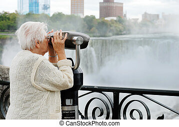 elderly woman niagara falls