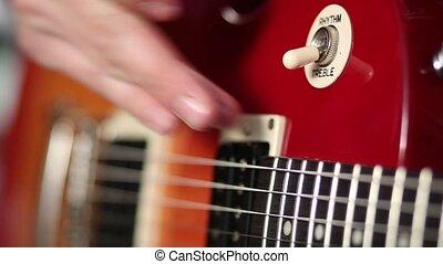Electric guitar switch for choosing treble rhythm
