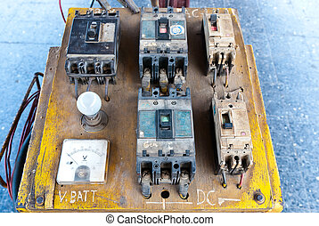 Electrical circuit board and controller