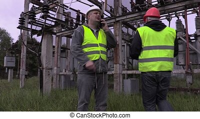 Electrician engineer passed on documentation