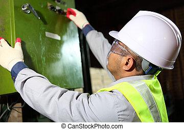 electrician engineer