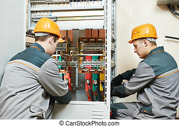 electrician workers