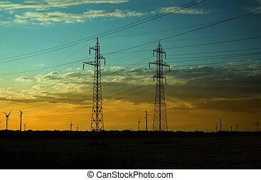 electricidade, pilares, e, turbinas vento, ligado, pôr do sol