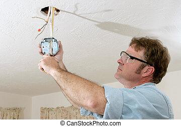 electricista, caja, alambres, techo