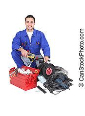 electricista, con, un, caja de herramientas, y, alambres