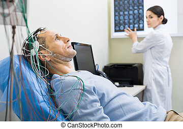 electroencephalography, orvos, szállítás, női, ki, ember