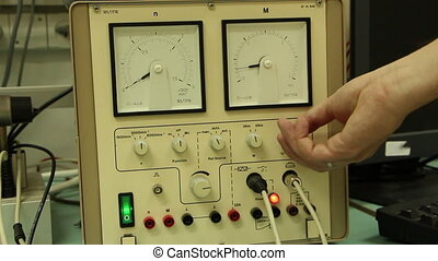Electronic lab devices with dial