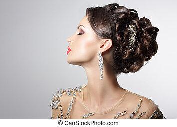 elegáns, barna nő, noha, kosztüm ékszerek, -, divatba jövő,...