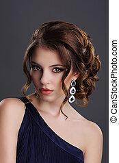 elegance., modieus, dame, met, kostbare gem, -, platina, oordruppels, met, edelstenen