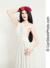 Elegance Woman. Fashion Beauty Portrait