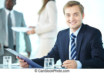 Elegant ceo - Portrait of elegant boss with clipboard...