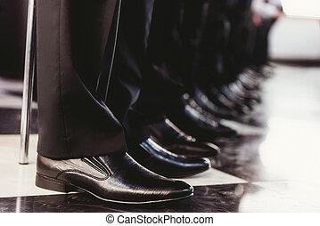 Elegant mens black shoes