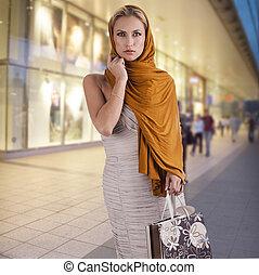 elegant, mode, dam, med, shoppingväskan