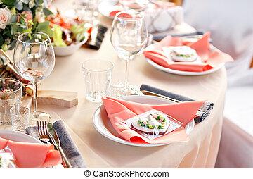 Elegant table setting in wedding