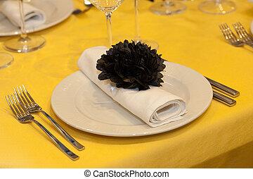 Elegant wedding dinner