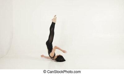 elegante, ballerino balletto, fare, somersaults