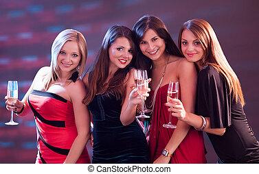 elegante, brindar, champaña, mujeres