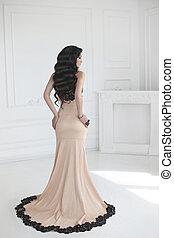 elegante, dama, en, vestido