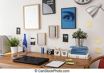 elegante, escrivaninha, em, escritório