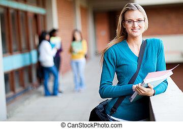 elegante, estudiante universitario, hembra, campus