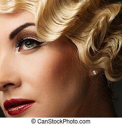elegante, loura, retro, mulher, com, bonito, penteado, e, batom vermelho